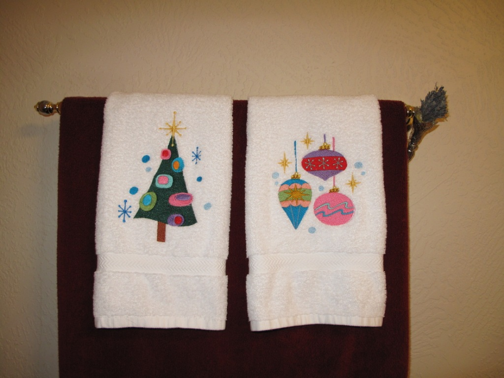 These Towels Are Retro Christmas Design From Embroidery