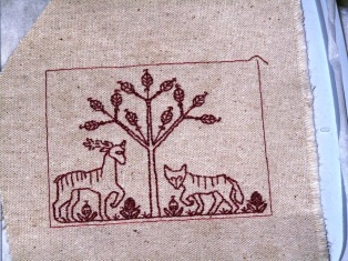 Embroidered Tudor design pocket