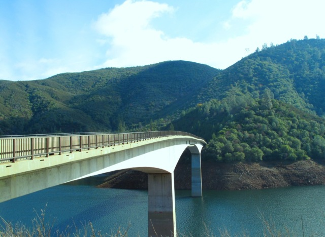 Parrots Ferry Bridge across New Melones