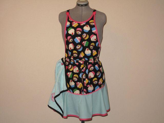 mg cupcake apron